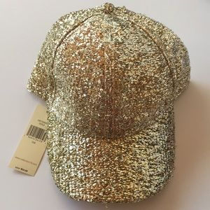Collection Eighteen Gold Hat